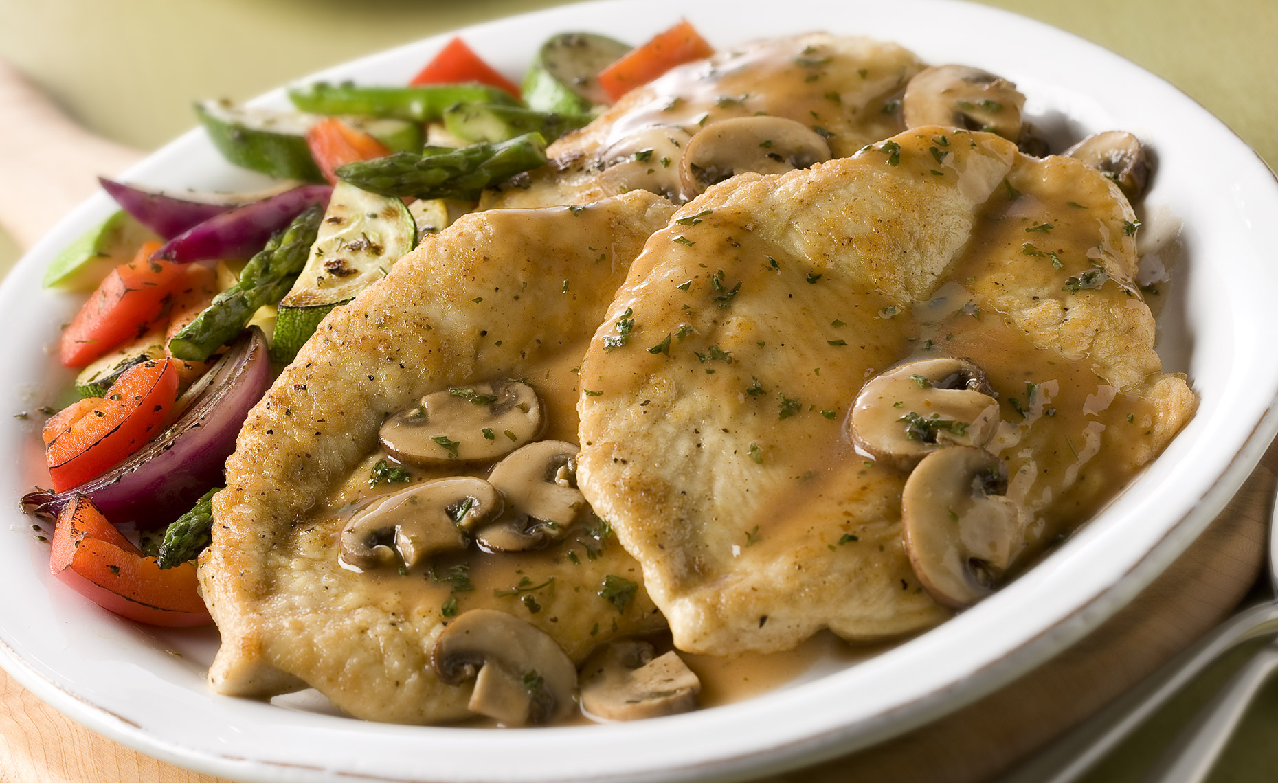 Food Photographer,  Chicken Photography, Poultry Photography | Pohuski Studios,  Chicken Marsala