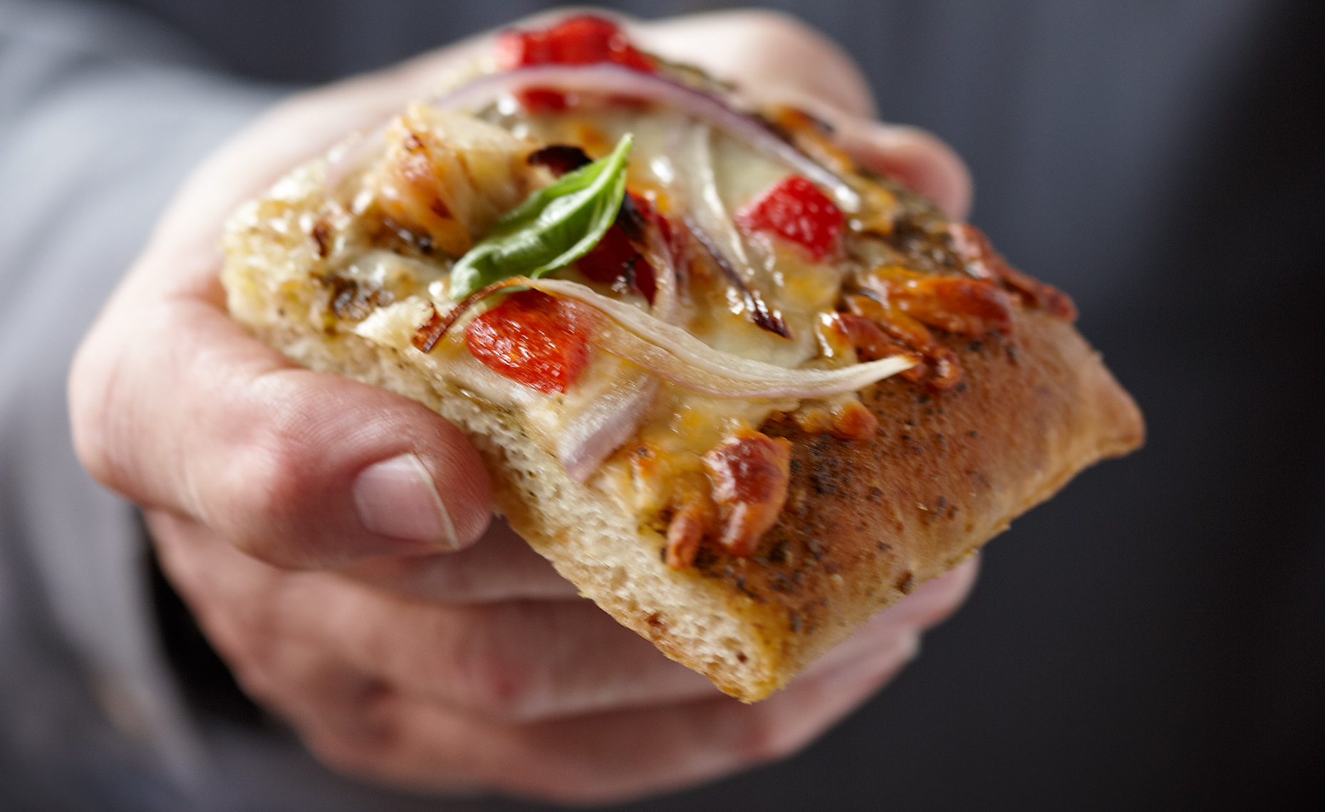 Fast Food Photographer, Burger Photography, Pizza Photography | Pohuski Studios,  Flatbread Pizza Hand