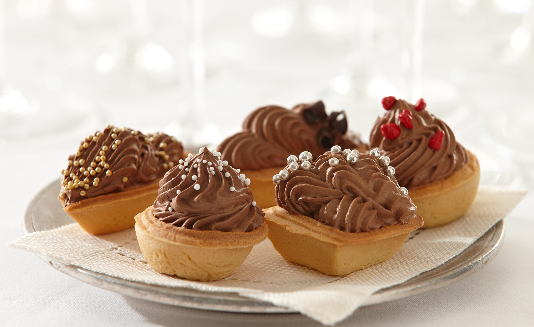 Food Photographer, Cake Photography, Ice Cream Photography, Dessert Photography | Pohuski Studios,  Mini Chocolate Tarts