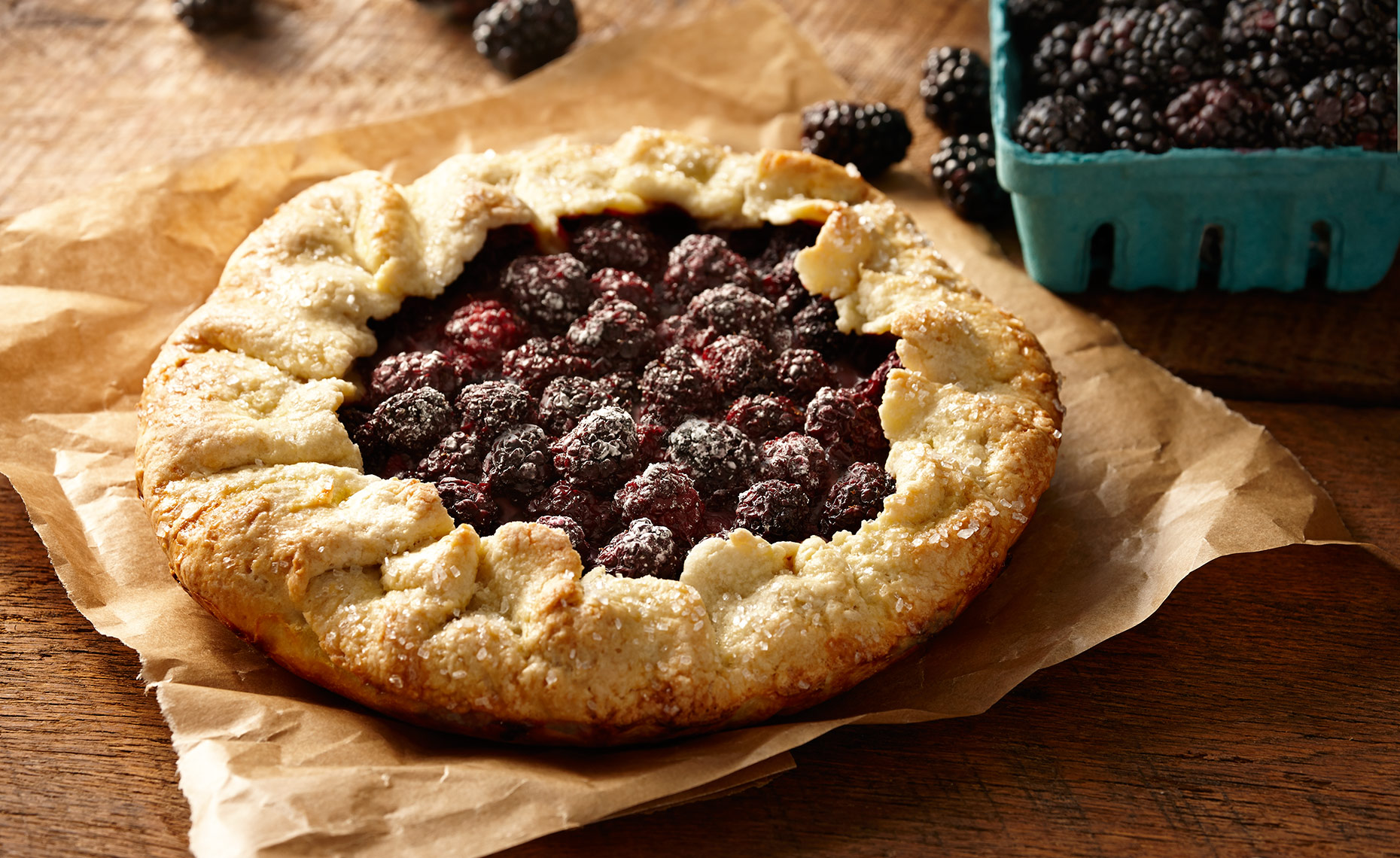 Food Photographer, Bread Photography, Pastry Photography, Dessert Photography | Pohuski Studios,  Rustic Blackberry Pie
