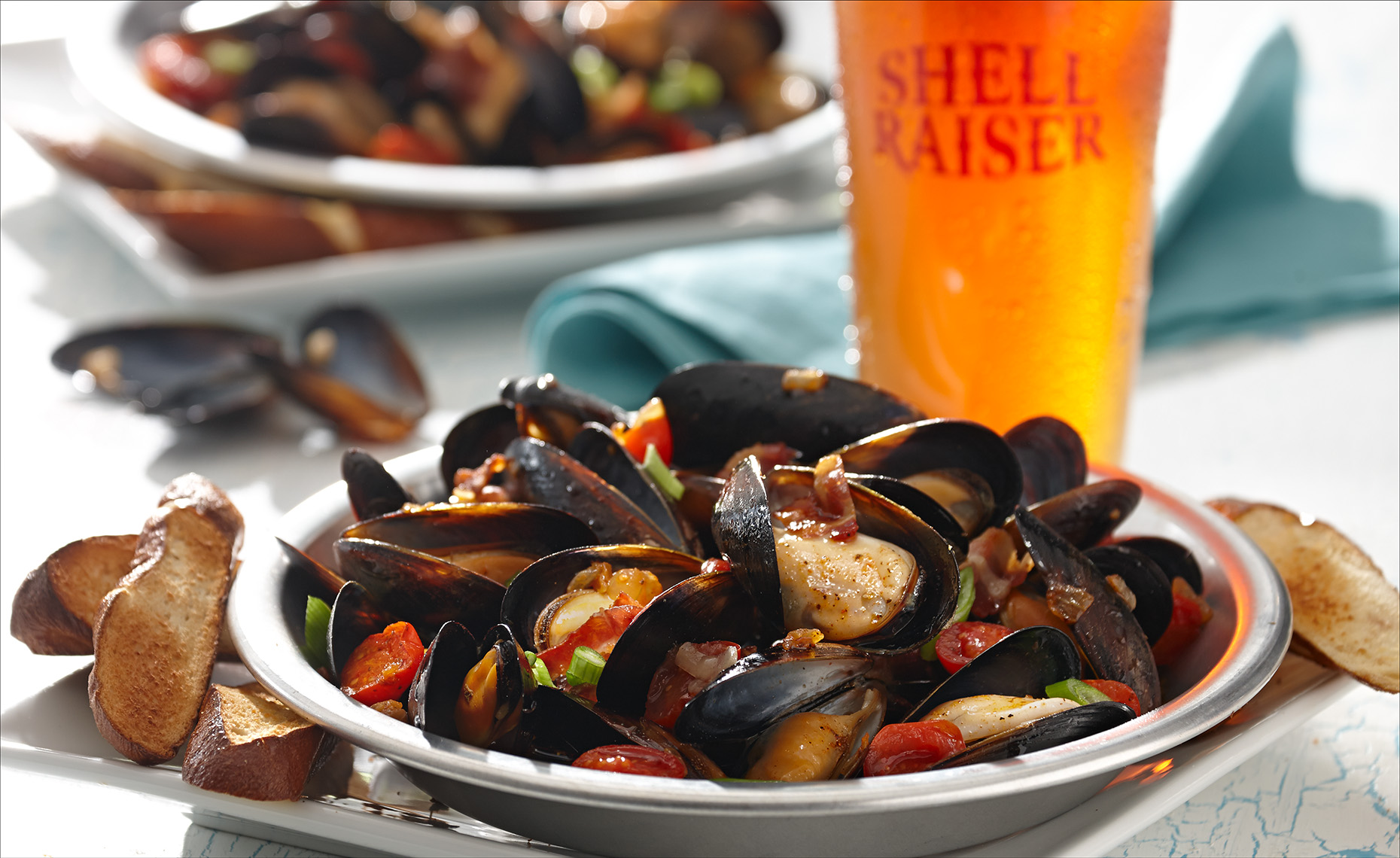 Food Photographer, Seafood Photography | Pohuski Studios,  Steamed Beer Mussels