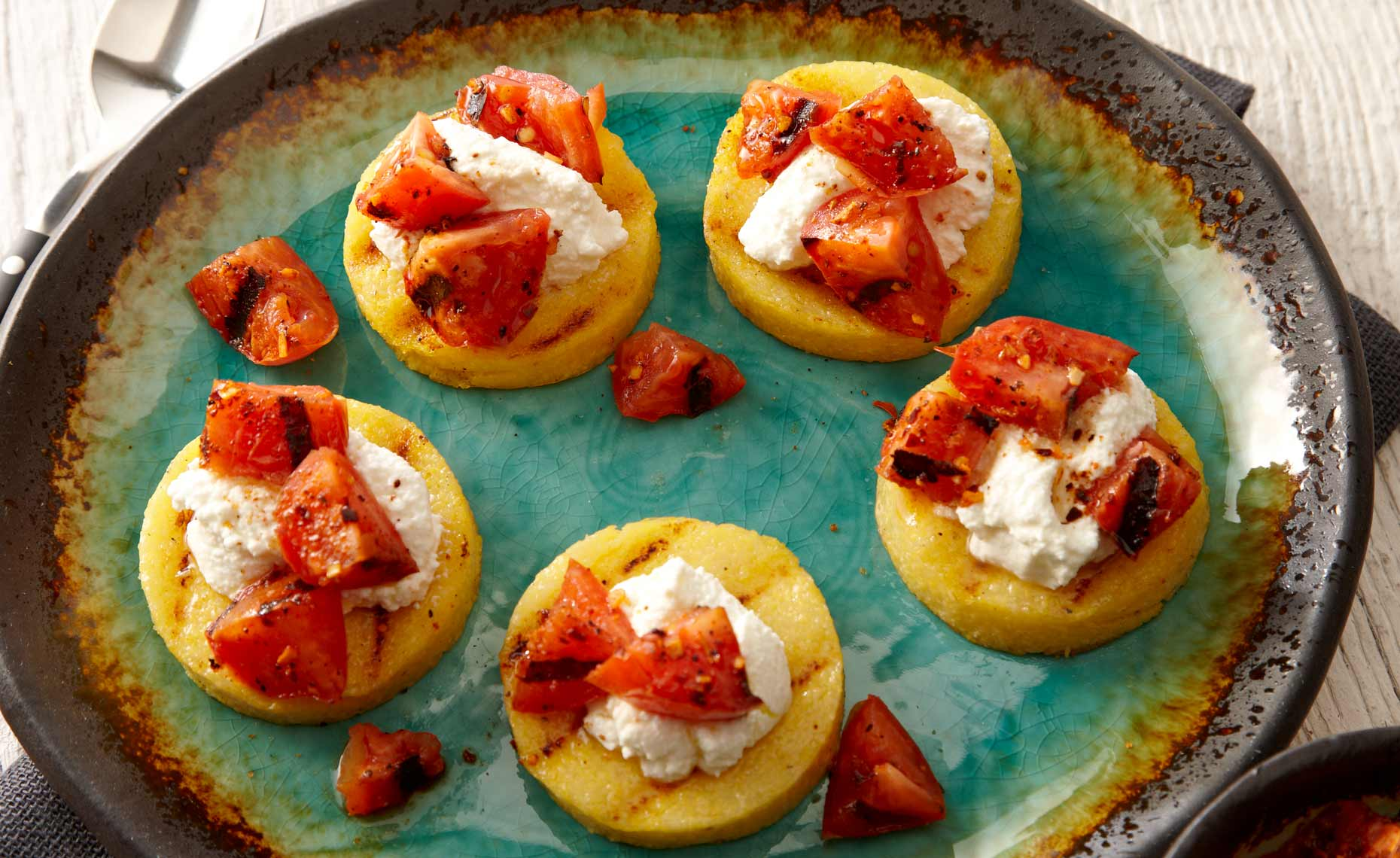 appetizers-fruits-vegetables-photographers-bruschetta-polenta-07