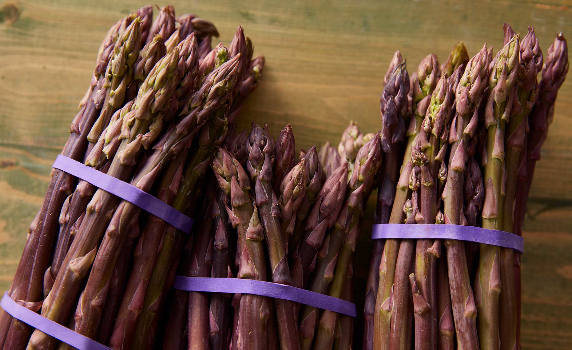 appetizers-fruits-vegetables-photographers-purple-asparagus-78
