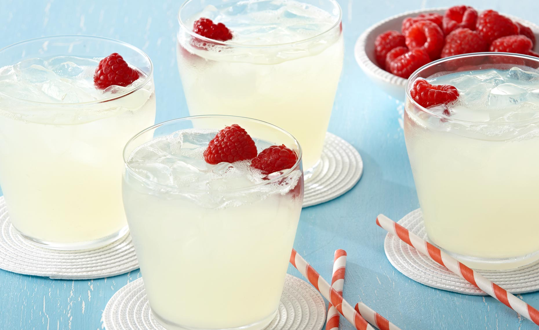 beverage-pour-splash-photographers-lemonade-raspberries-15