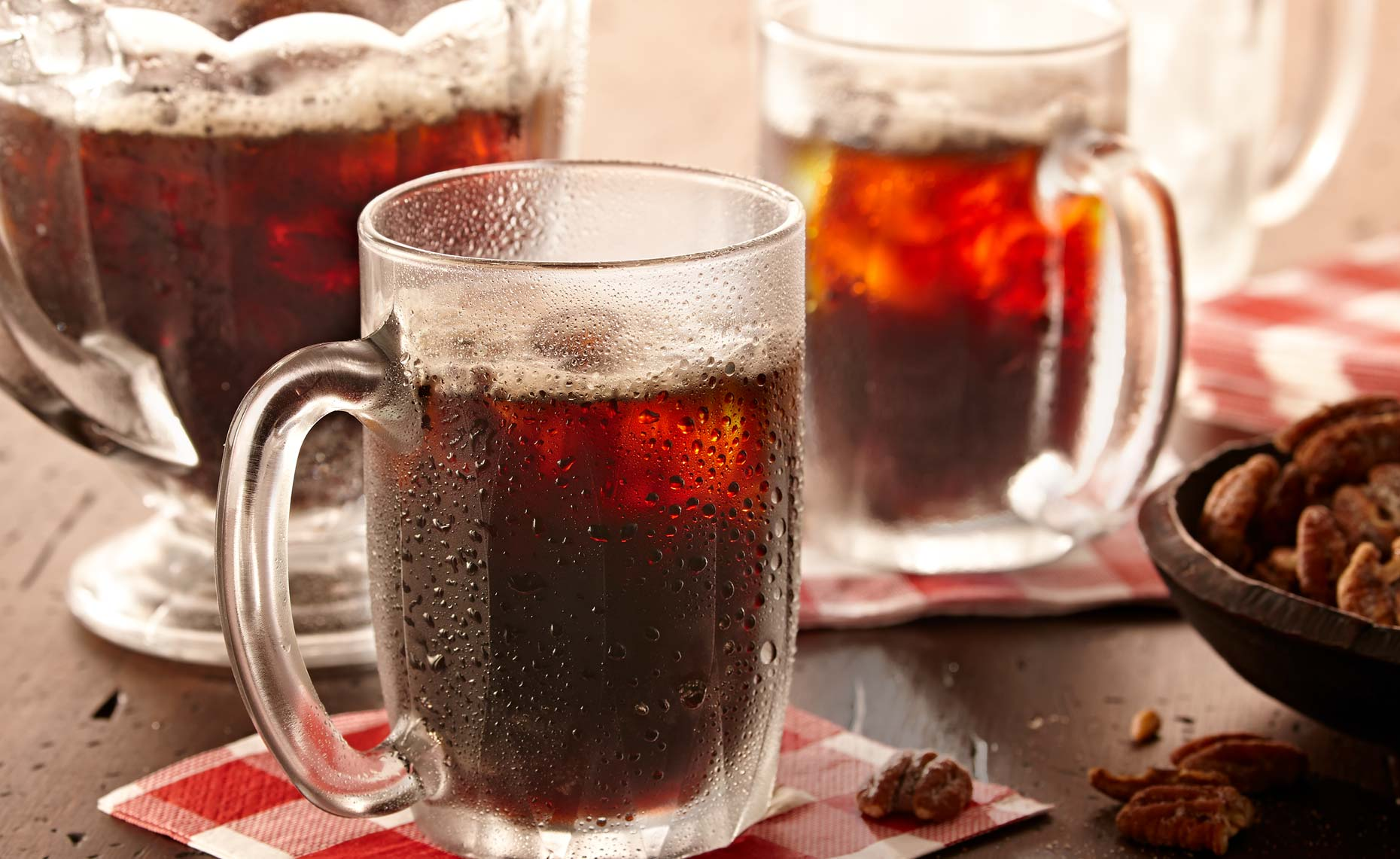 beverage-pour-splash-photographers-rootbeer-chilled-10