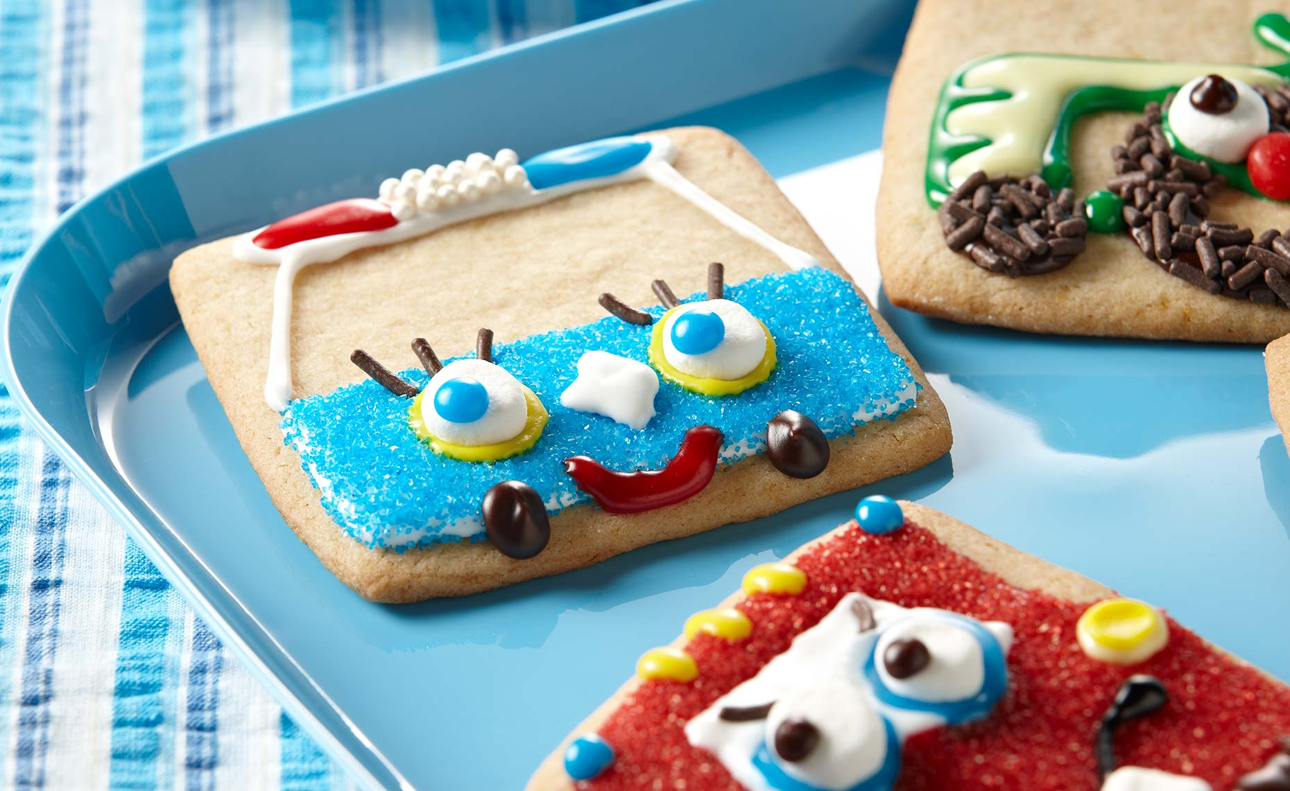 dessert-sweets-photographers-kid-decorated-cookies-126