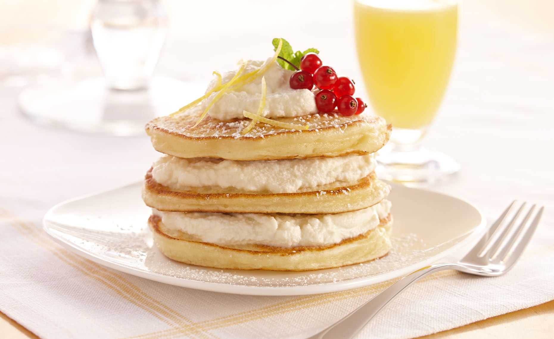 dessert-sweets-photographers-pancakes-ricotta-filling-21