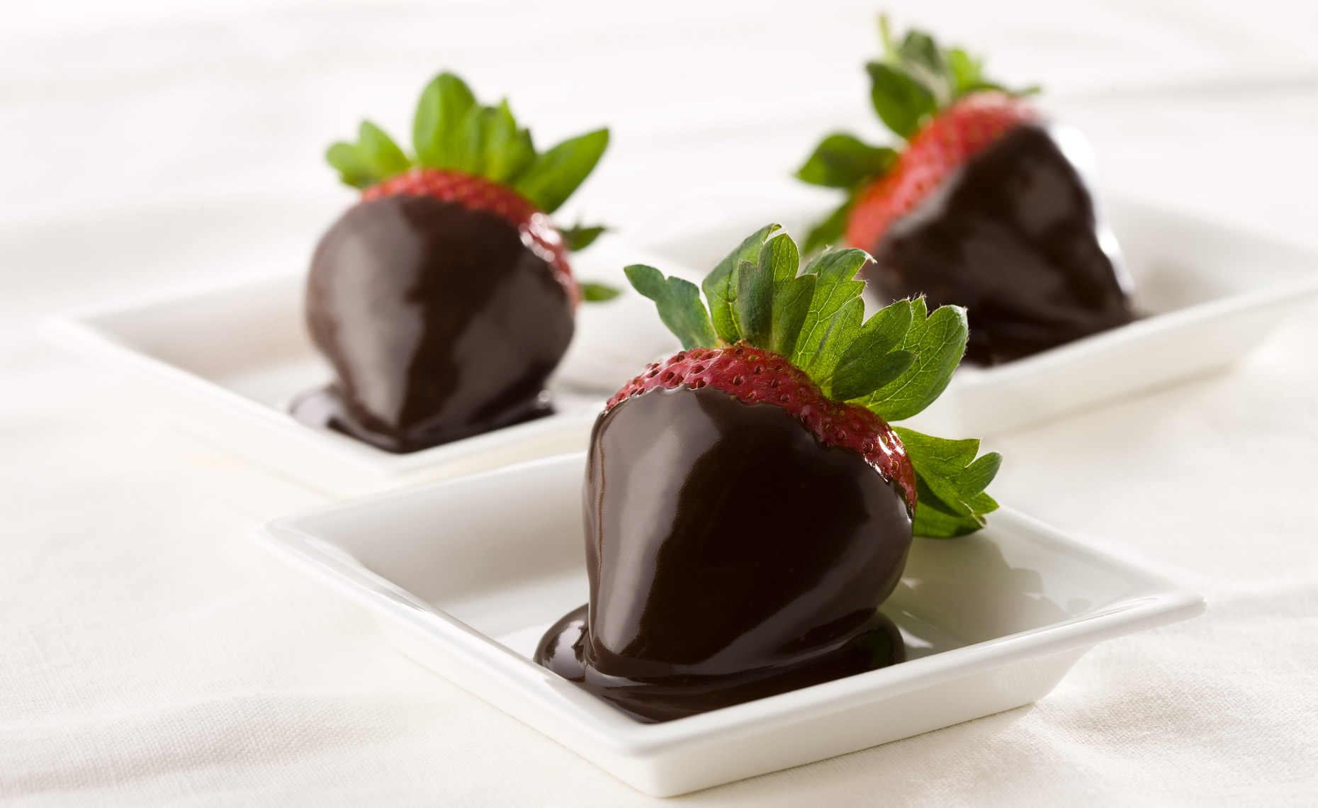 dessert-sweets-photographers-strawberries-chocolate-37