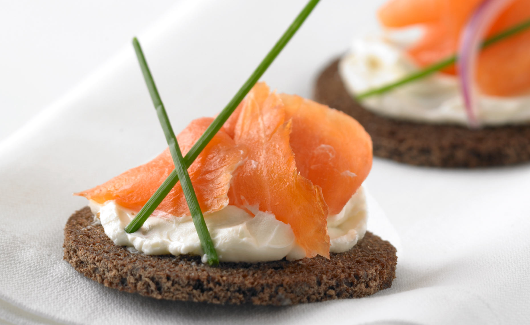 food-packaging-photographers-lox-pumpernickel-16
