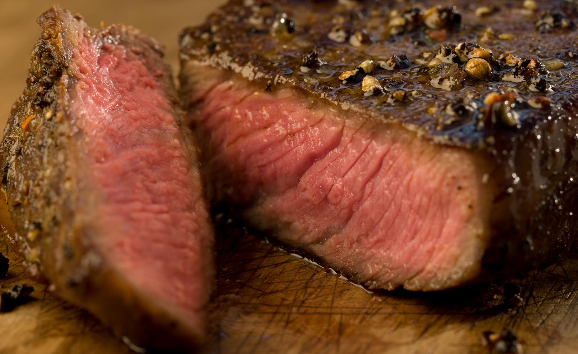 meat-photographers-steak-rare-14
