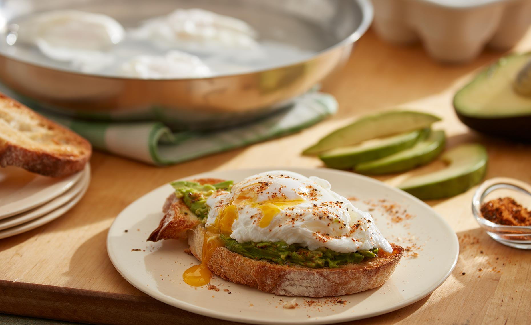 pizza-pasta-bread-photographers_poached_egg_avocado_toast